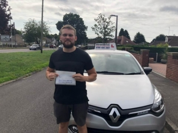 Couldn´t recommend Shaun enough, fantastic driving instructor and good guy. <br />